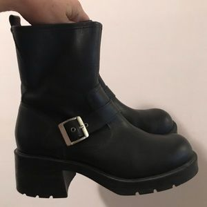 Chunky heel leather boot metal buckles grunge
